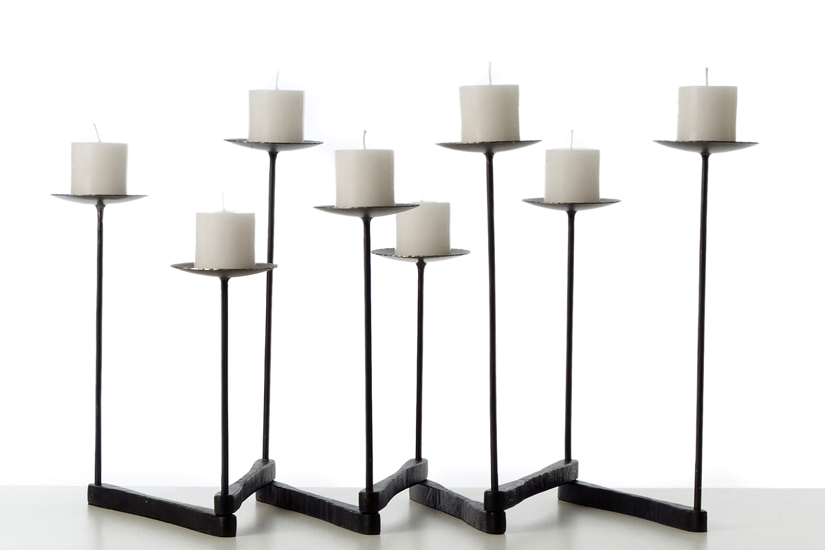 Domino_candle_holder