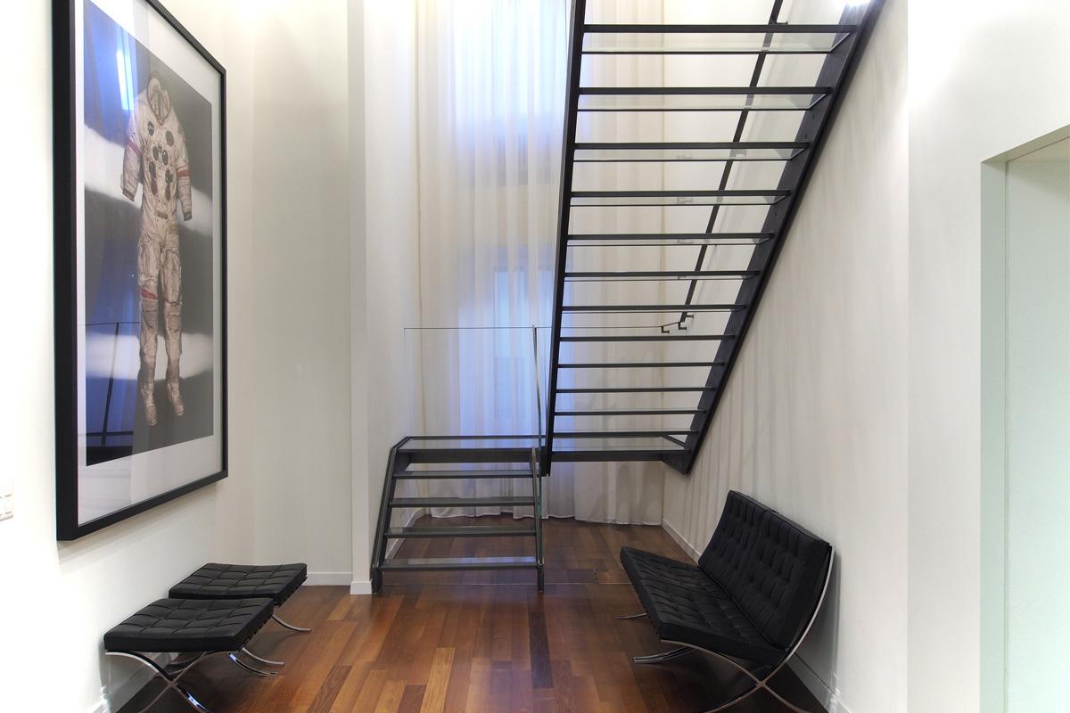 Lu_stairs