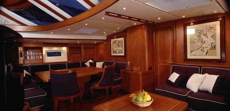 Nauta-yacht-living-2