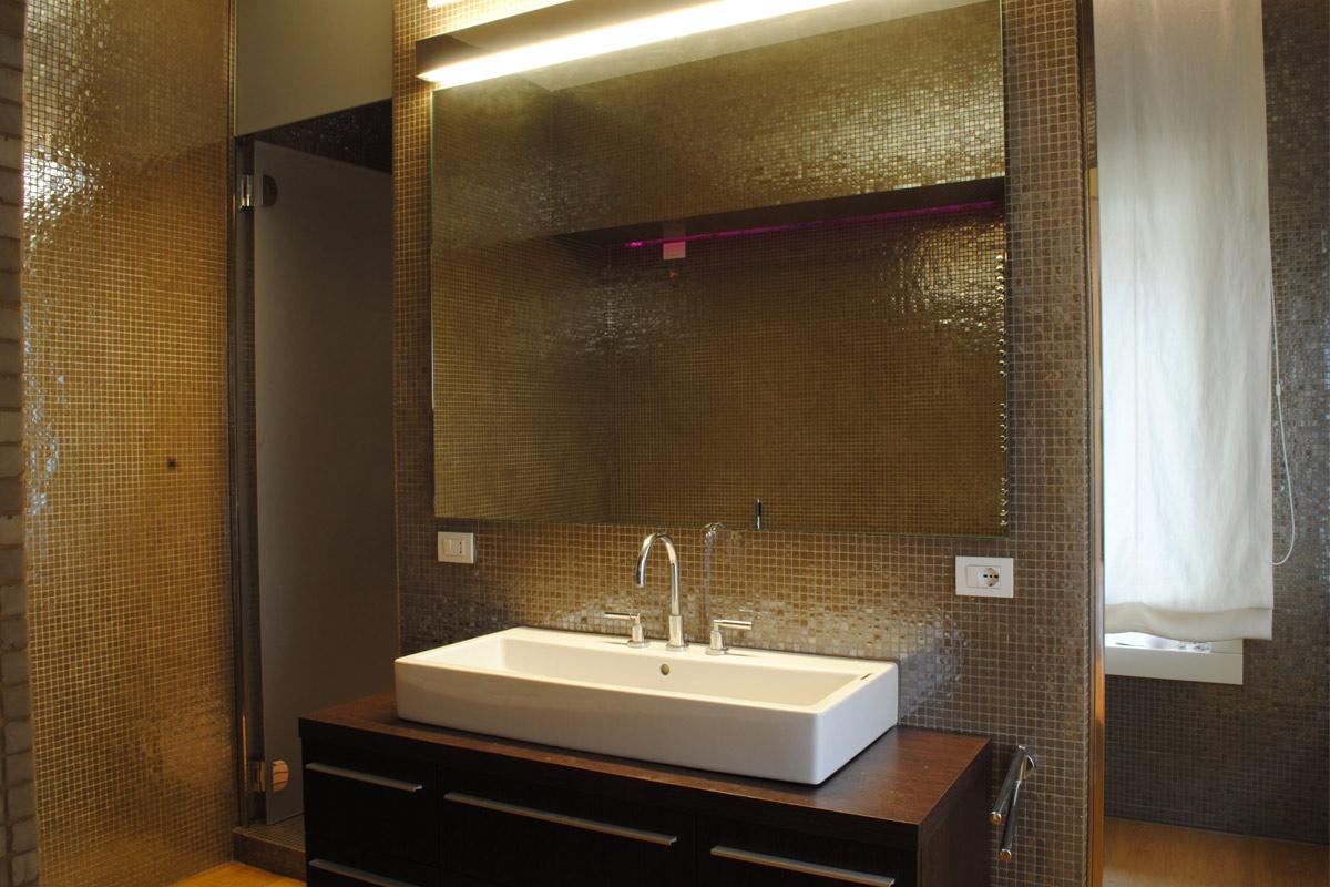 g_bathroom