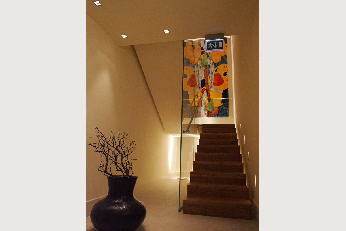 vite_interior_staircase